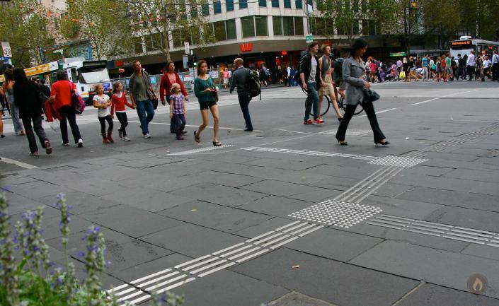Melbourne CBD comes alive during Melbourne International Comedy Festival