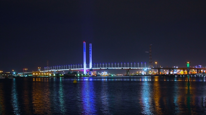 Bolte Bridge, Melbourne. Photo credit: Dan Wilkinson (Hot & Delicious Group).