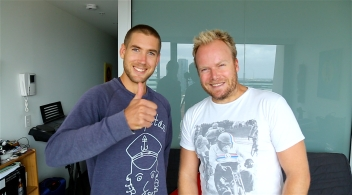 Tom Richardson talks 'Pockets' EP on Hot & Delicious: Rocks The Planet!