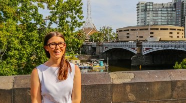 Mads Francis (Australian illustrative fashion blogger & influencer)