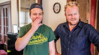 'Hot & Delicious Rocks The Planet' kicks it in LA with comedian and podcaster, Gareth Reynolds. https://hotndelicious.com/