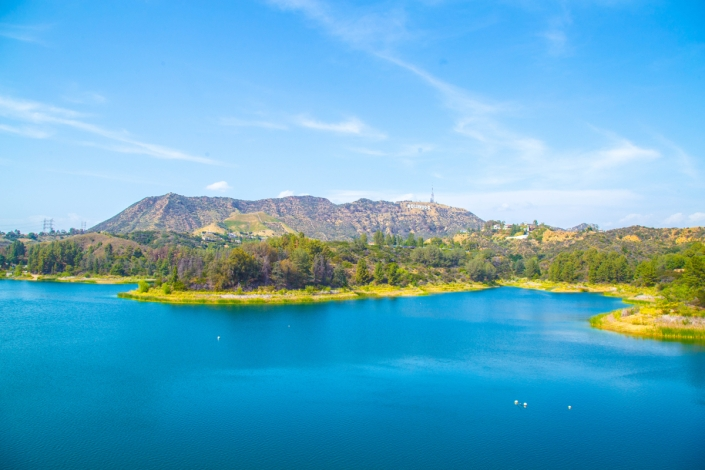 Lake Hollywood Park hikes with Aussie actor Andrew Bongiorno.