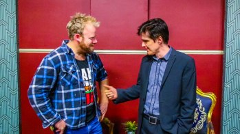 Australian comedian Andrew Hansen joins the Hot & Delicious: Rocks The Planet! podcast in Sydney https://hotndelicious.com/