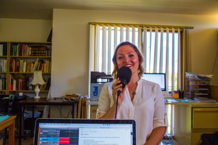 The Healthy Gut founder & SIBO cookbook author joins Hot & Delicious: Rocks The Planet! on Bondi Beach Radio.