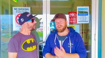 Boston Rodriguez (record producer & Bondi Beach Breakfast radio host) live with Dan Wilkinson (Hot & Delicious: Rocks The Planet) on Bondi Beach Radio.