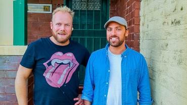 Radio show host, Sketch Comedy Artist & Podcaster, Sam Blacker joins Hot & Delicious: Rocks The Planet! in Bondi Beach.