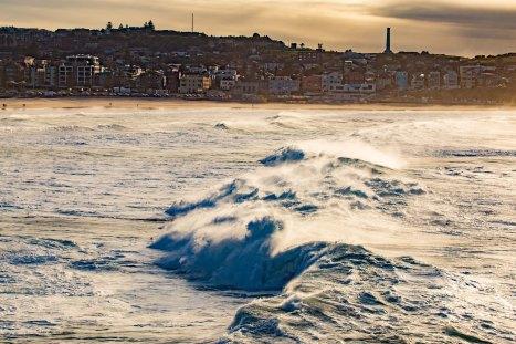 Big Wave Surfing Ben Buckler by @hotndelicious