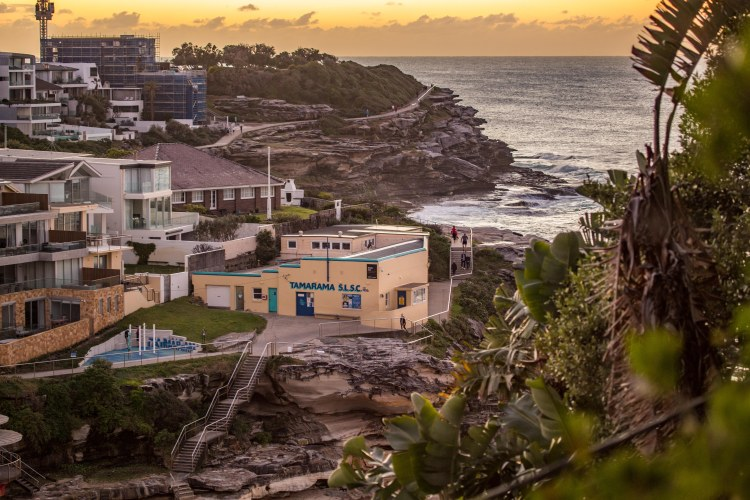 Secret spot out the back of Tamarama Beach by @hotndelicious