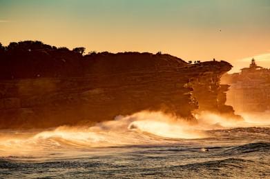 Bondi to Bronte sunrise with 290720 by @hotndelicious
