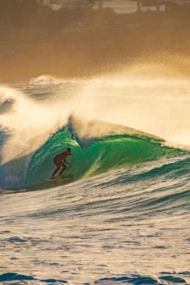Bronte Beach Sunrise Barrels 📷✨ @hotndelicious Prints available upon request. info@hotndelicious.com