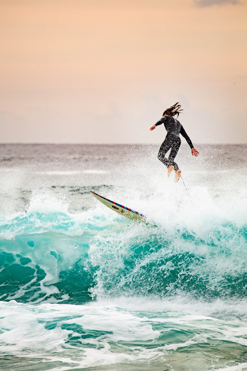 @hotndelicious Photo Diary | Frothers & Wipeouts - Bondi Beach Sunrise Sessions Contact Dan Wilkinson at info@hotndelicious.com for surf photography bookings, prints and enquiries.