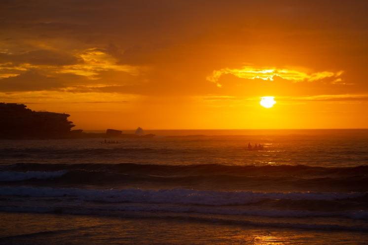 Sunrise Sessions 171220 Bondi Beach by @hotndelicious